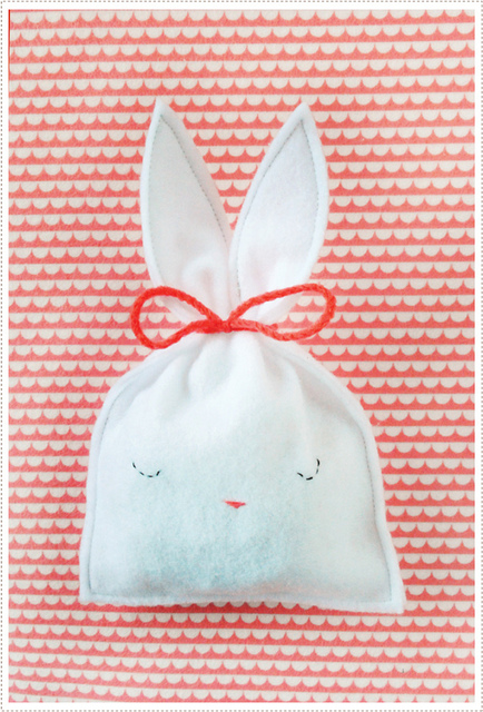 Happy DIY Easter!  - >> joeandcheryl.com <<