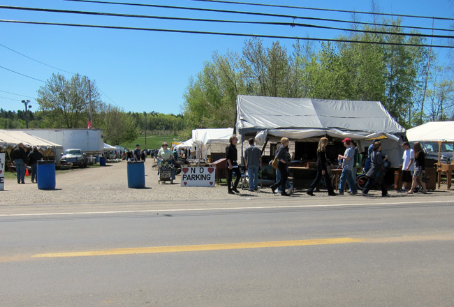 The Brimfield Antique Show - << joeandcheryl.com >>