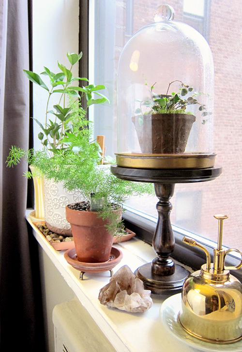 DIY Cake Stand... or Cloche Stand - << joeandcheryl.com >>