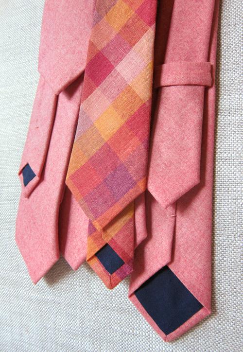 DIY Wedding Skinny Ties - >> joeandcheryl.com <<